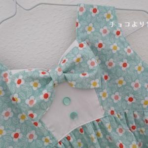 MahoeAnelaさん新作のリゾートワンピース130☆レトロポップな花柄で♪