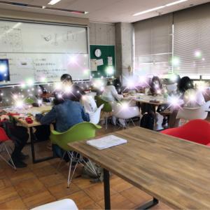 インテリアコーディネータークラスの授業風景