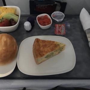 デルタ航空機内食 DL485 C ミネアポリスロサンゼルス MSPLAX ビジネス JUL19