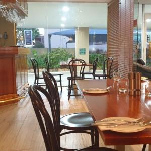 ハンターバレーの町シングルトンで見つけた感じの良いレストラン Zucchini Bros