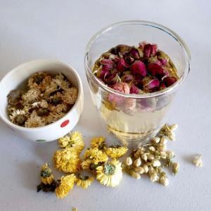 ちょっと華やかな気分になれる中国の『花茶』は美容と健康にも良いらしいよ
