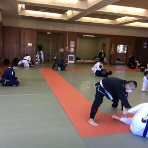 明日11月28日(土)は練習日です。午前中に良い汗を流して午後も有意義に過ごしましょう!予約制です。感染予防対策をしています。東京都練馬区TOYATT柔術練習会