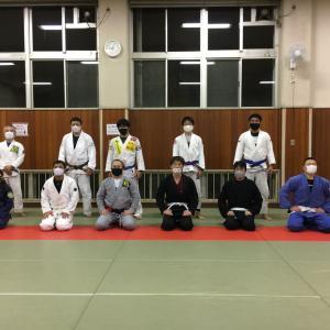 11月26日(木)完全予約制+検温+消毒+換気+マスク+ソーシャルディスタンスにて11人で練習しました。      東京都練馬区TOYATT柔術練習会