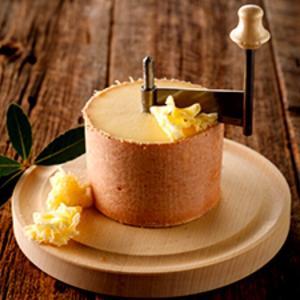 花びらのように削れるチーズ~Tete de Moine~