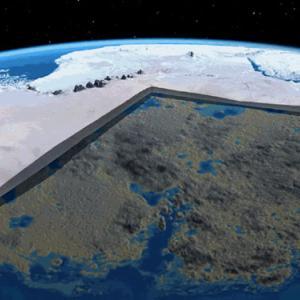 南極に想いを馳せる