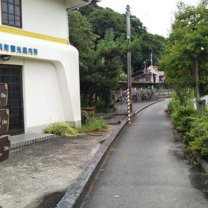 梅雨明け間近のJR伊予長浜駅前~長浜商店街