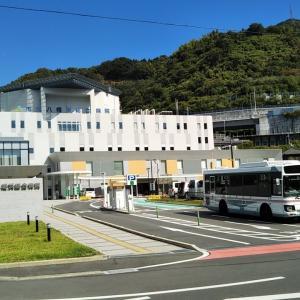 秋晴れの八幡浜総合病院前~向灘郵便局前