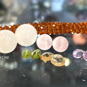 ゆらゆら♪揺れてキラキラ輝く天然石のロングネックレスを作りました①