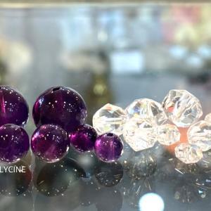 濃いアメジストと水晶の新作パワーストーンブレスレット♪アメジストは2月の誕生石ですね➀