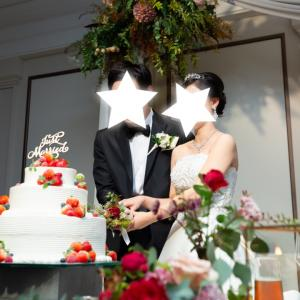 【結婚式当日⑫】ケーキのファーストバイトはお互い同じ量!