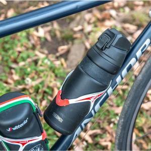 ボトルケージに入る。ロードバイク用の保冷保温ボトル、サーモス「真空断熱ケータイマグ」レビュー