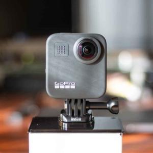 GoProを公式サイトから購入する方法。海外通販だけど公式サイトは安く、無料でマイクロSDカードも付いてくる