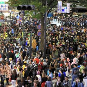 【画像】渋谷ハロウィン2019、やっぱりもうめちゃくちゃ「戦車で突っ込みたい」「人がゴミのようだ」「トンキンさぁ…」2chなんJ渋谷ハロウィンまとめ