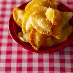 【ヒルナンデス!で紹介♪】魔法のてぬきおやつ掲載レシピ!『餃子の皮でとろ〜りアップルパイ』の作り方