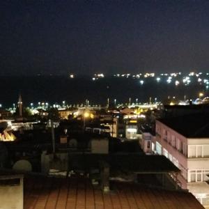 イスタンブールのライトアップ散策にレッツゴー‼