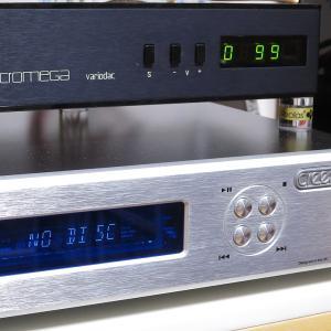 """CDを入れても""""NO DISC""""CDプレーヤーがディスクを認識しなくなった時の対処法♪"""