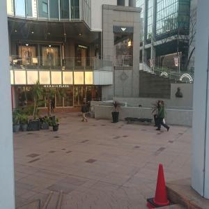 大阪と兵庫の往来自粛の連休初日。
