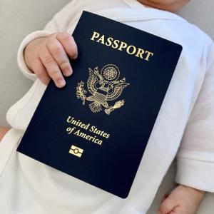赤ちゃんの米国パスポート