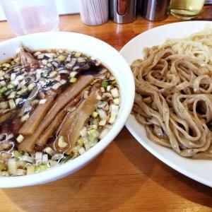 人気のつけ麺からの長良川サツキマス釣行