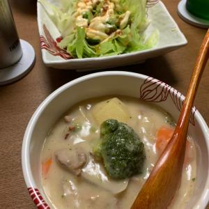 おうちごはん10/25 クリームシチュー