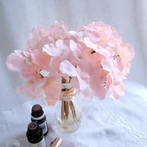 桜色のシルクフラワーあじさいアロマリードディフューザー