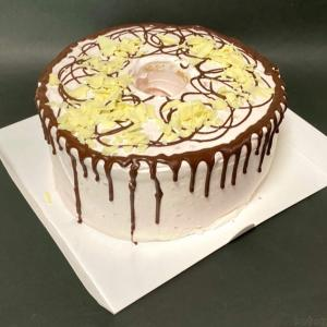 コストコの『ストロベリーチョコシフォン』がパリふわケーキで超おいしい!