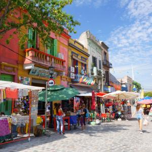 ブエノス・アイレスは危険都市!?カミニートと世界で2番目に美しい本屋観光!!
