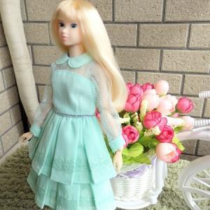 momokoにリカちゃんキャッスルのドレス♪