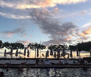 モダンホノルルホテル・大人の為の静かなプール