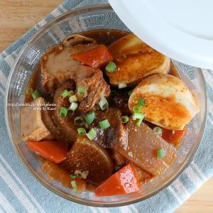 2種の作り置き(モツ煮込みと鶏ささみの中華クラゲ)