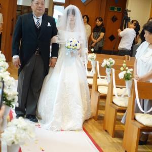 厳粛なる教会での甥の結婚式パート2、教会に着物はふさわしいのか?
