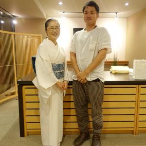 どんなときも若者応援!琉球びんがた染織家と帯の相談:白単衣にウイリアムモリス帯