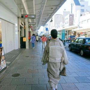 和服にあう雨傘を探しに、久しぶりに高島屋百貨店へ!白地墨波縞単衣で