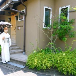 緊急事態宣言中、マスク食事!コムシ・コムサで 蕨紬の着物着て