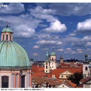 プラハ歴史地区の層積雲(2016/10/20の再掲)