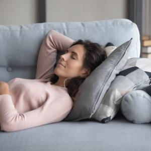 【在宅勤務】休日はどう休めば、平日に疲れを持ち越さないのか?