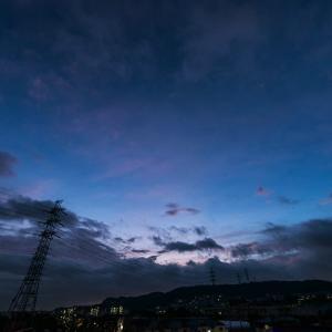 9月18日(金)曇り空でも歩けば、ビックリの朝焼け!!
