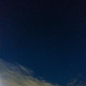 10月18日(月)快晴の暗闇を散策