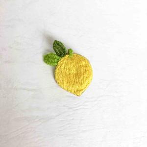国産レモンの刺繍ブローチができました