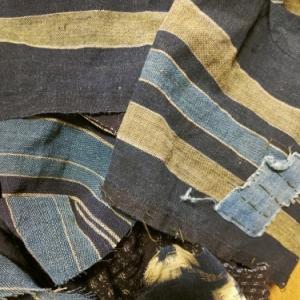布団皮でパンツ作ってます