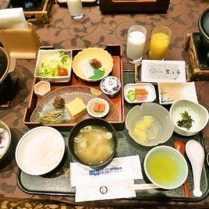 2020年10月 上諏訪温泉 「ホテル 鷺乃湯」 朝食と金精軒の信玄餅実食♪