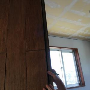 南の小部屋のドア