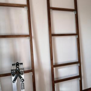 クローゼットと同じ作りの大きい棚を作る。