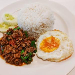 タイ料理 ガパオライスの美味しさの虜になった件