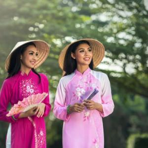 丁寧なベトナム語の言い方:「言わぬが花」の日本語 vs「省略はダメ」なベトナム語