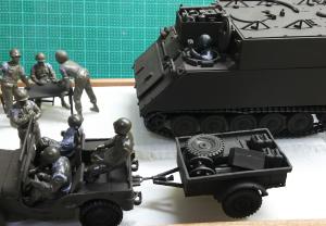 タミヤ・M557コマンドポスト(3)