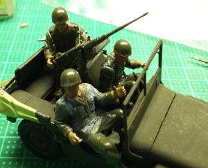タミヤ・M557コマンドポスト(7)