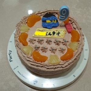 次男の9歳の誕生日プレゼントはLEGO。