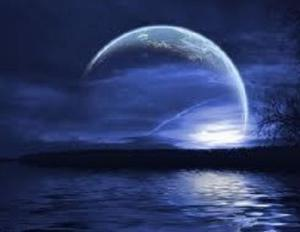 新月の力を借りて、ヨガ&インナーチャイルドを癒す