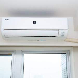 エアコンの電源はつけっぱなしの方が良い?電気代節約術とエアコン掃除